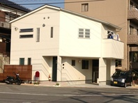 2台駐車スペースのある敷地25坪の家